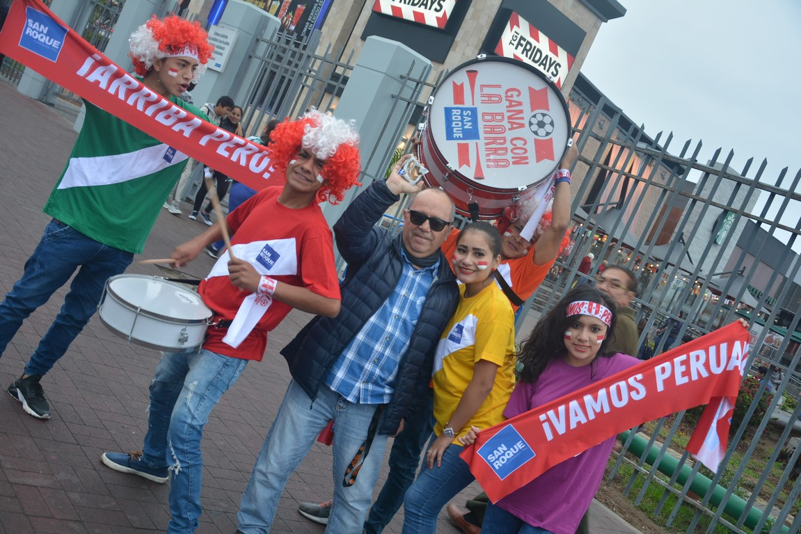 Arriba Perú –  Comparsa Mundialista
